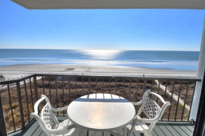 Beach Crescent Rental
