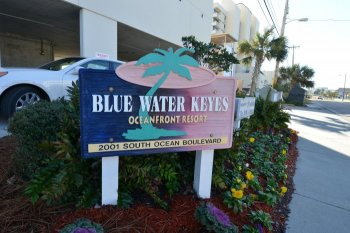 Blue Water Keyes Sign