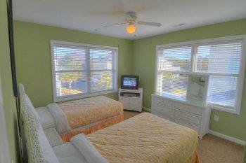 FLR 2: Bedroom 4