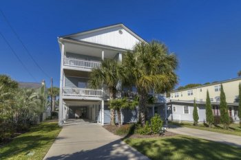 Large Affordable Oceanfront Beach House Rentals