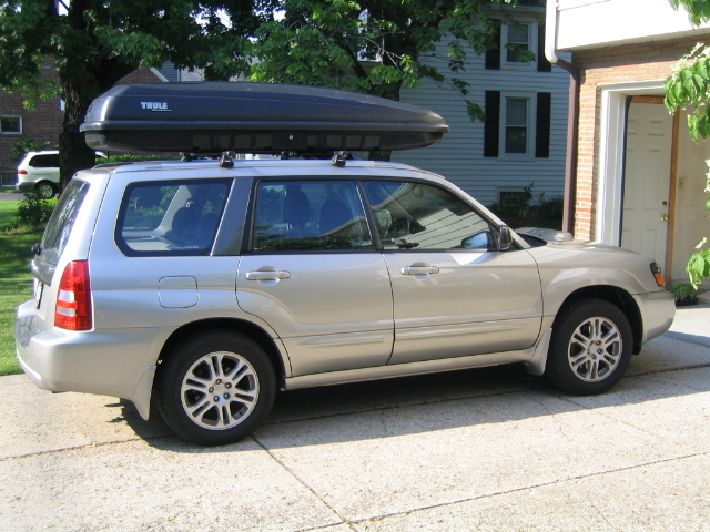 SUV with Roof-top Carrier