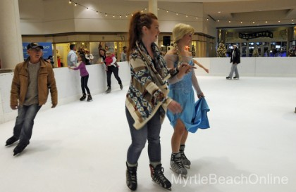 """""""Ice at the Beach"""" Brings Skating to the Myrtle Beach Mall"""